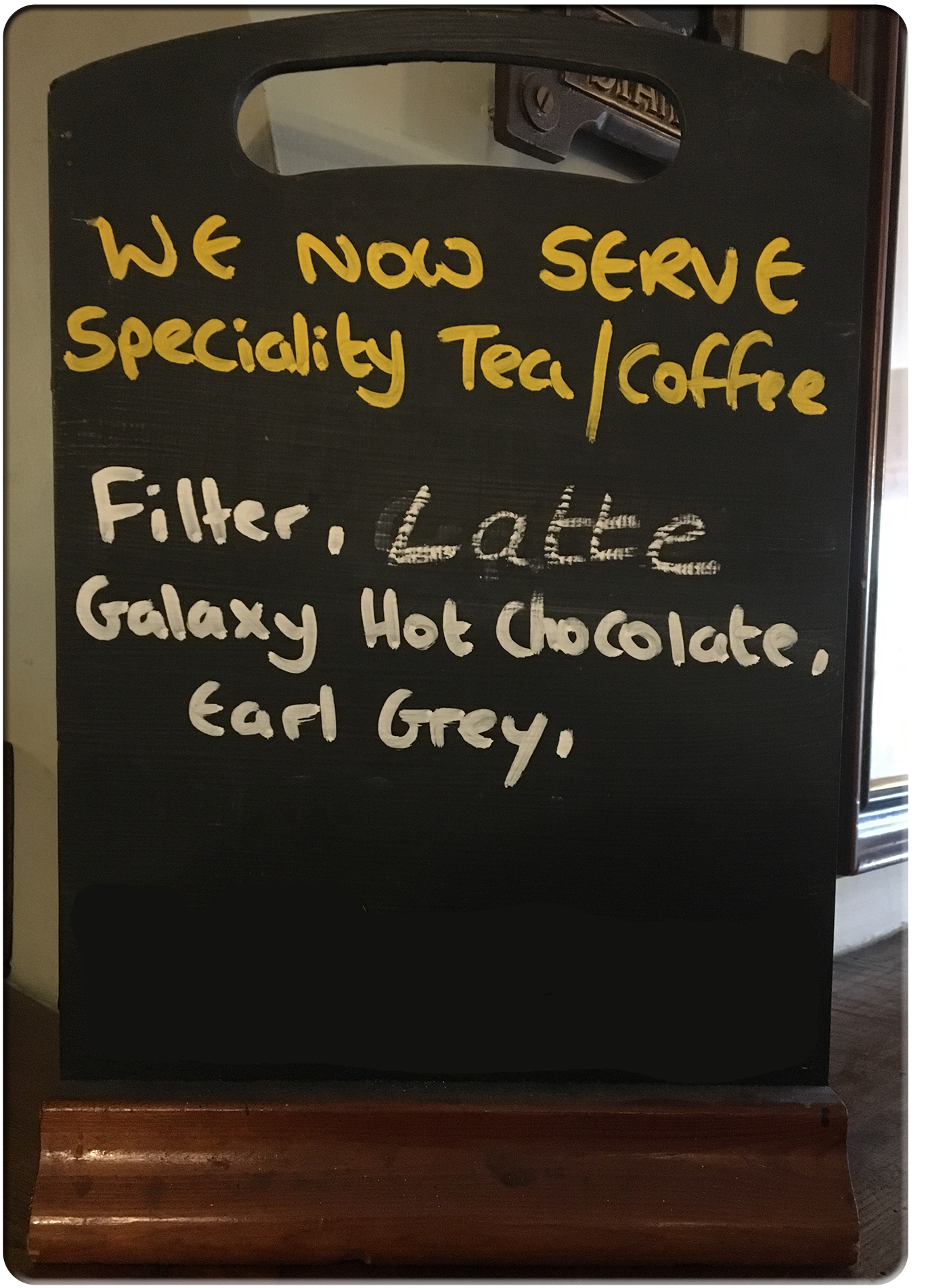 Beaufort Arms Hawkesbury Upton - Speciality Teas and Coffees - Filter, Latte, Galaxy Hot Chocolate, Earl Grey